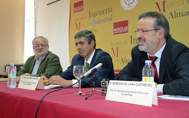 Acto de inauguración de la Exposición de 100 elementos de patrimonio industrial de TICCIH en Almadén